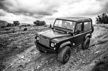 ICON_Land_Rover_D90_Reformer_angle_bw_thumb.jpg